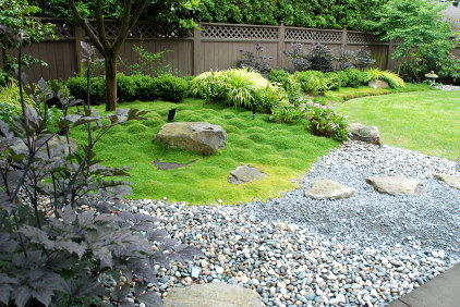 Modern japanese feel matt kilburn garden designer for Modern japanese garden designs